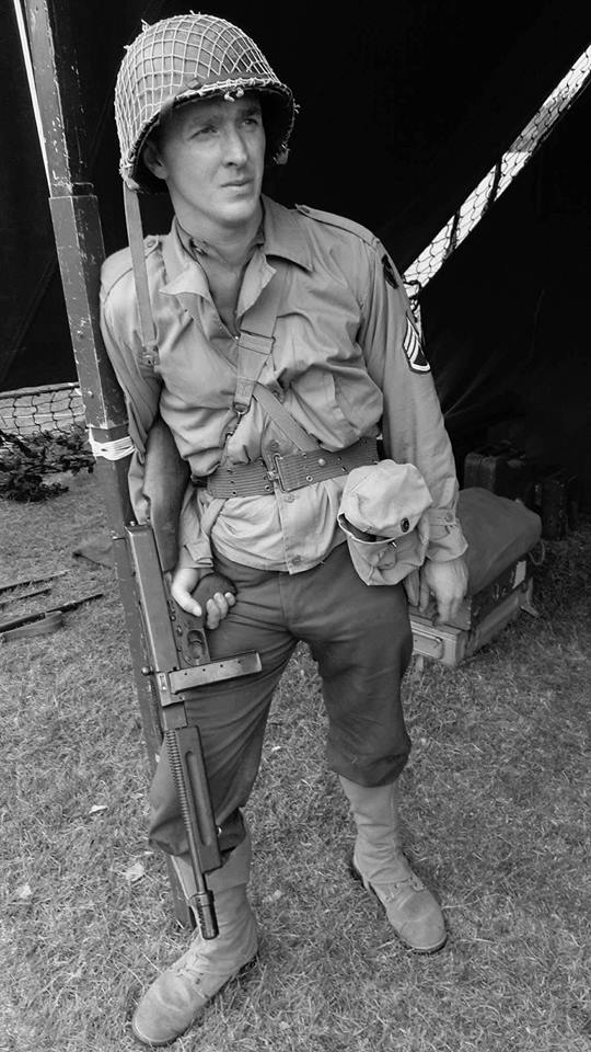 Paratrooper on patrol and specialised jump tunic of the US Airborne